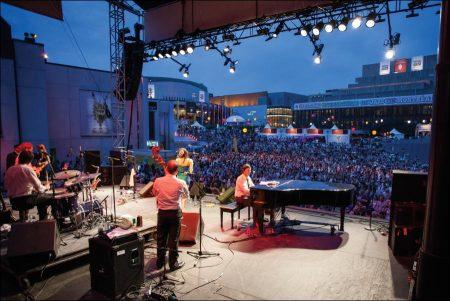 Montreal Jazz Festival – Festival International De Jazz De Montreal