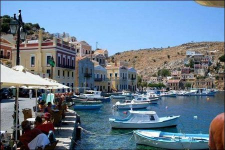 Rhodes: Rich in archeological treasures and tourism