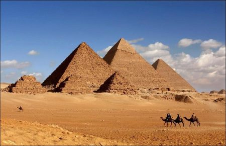 The Seven Wonders: The Pyramids of Giza
