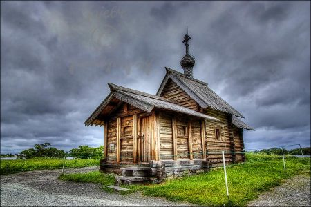 Russia: Church of Lazarus on Lake Onega, Kizhi Island