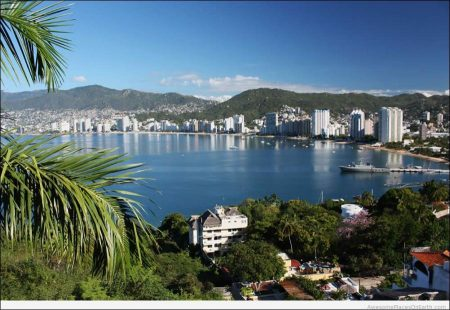 Acapulco: The Beach Is There!